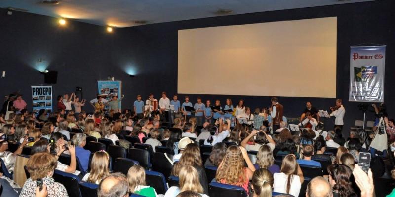 Representantes de Itarana participam do Pommer ES - Encontro
