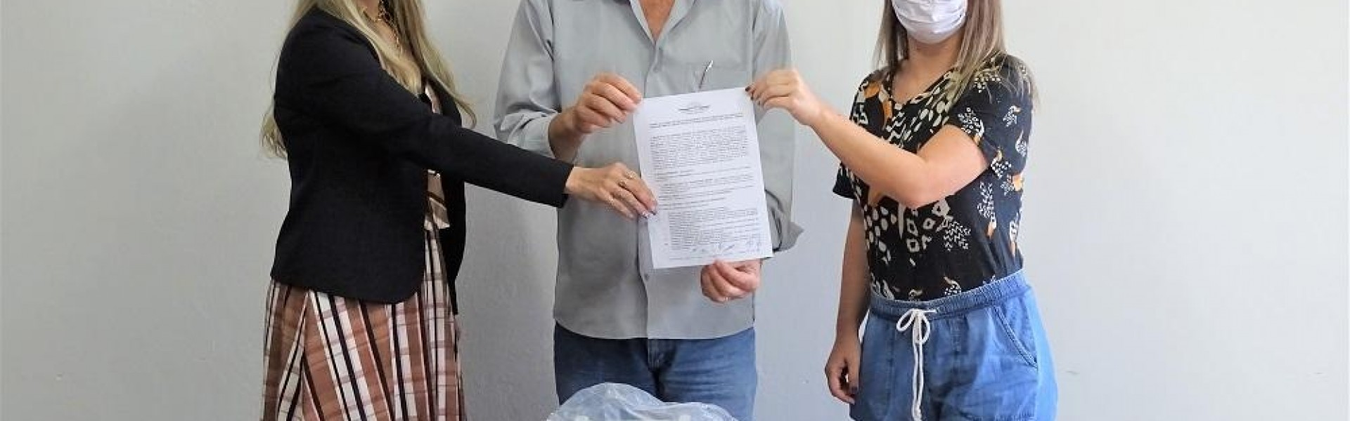 """Prefeitura entrega respirador para o Hospital """"São Braz"""""""