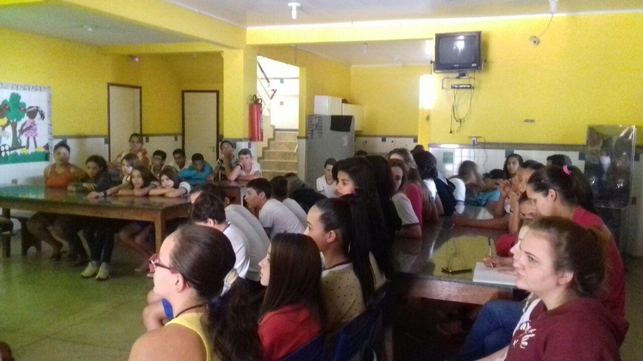Setor de Tributação da Prefeitura ministrou palestra sobre educação tributária para alunos