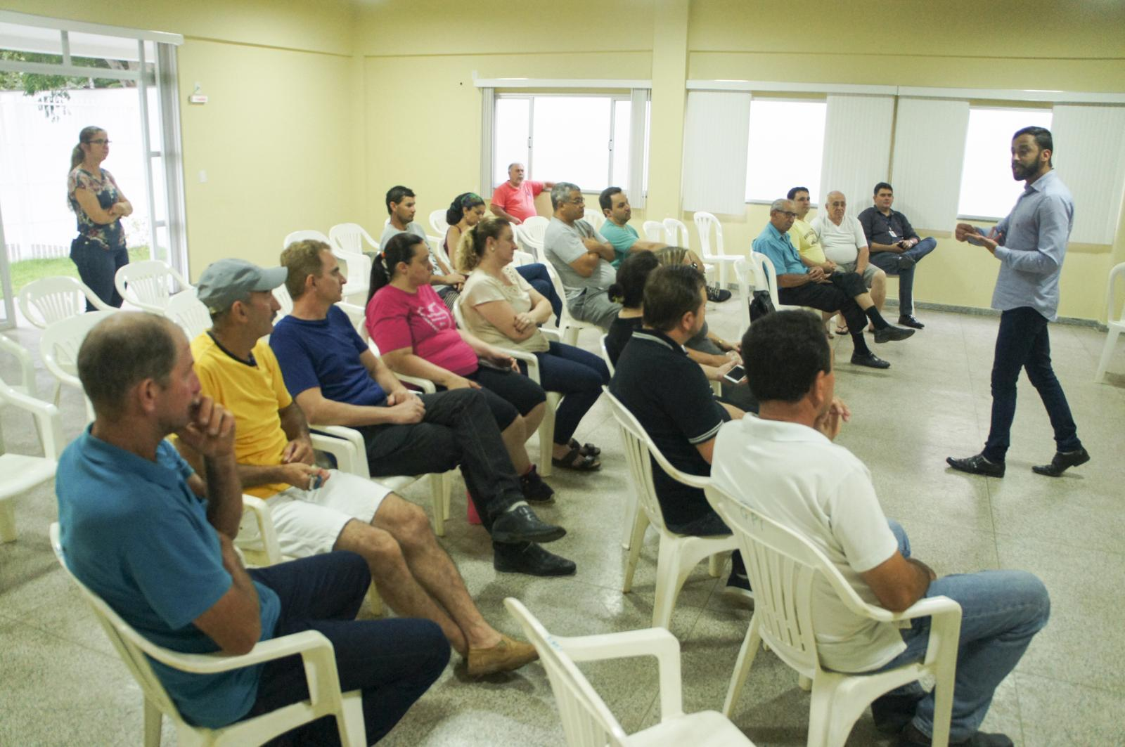 Empreendedores de Itarana participaram de palestra sobre turismo
