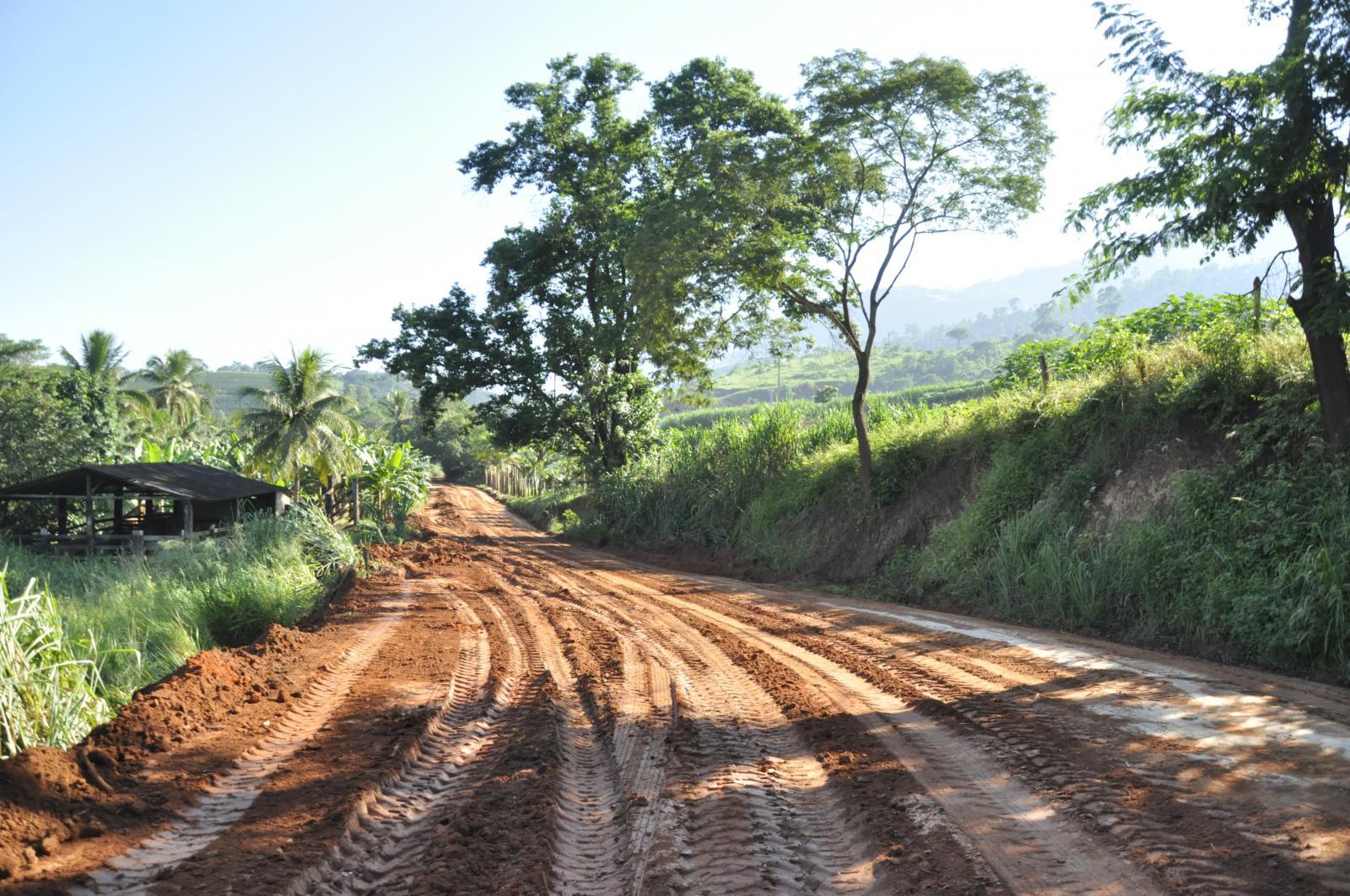 Estrada para comunidade de Alto Jatibocas está recebendo manutenção