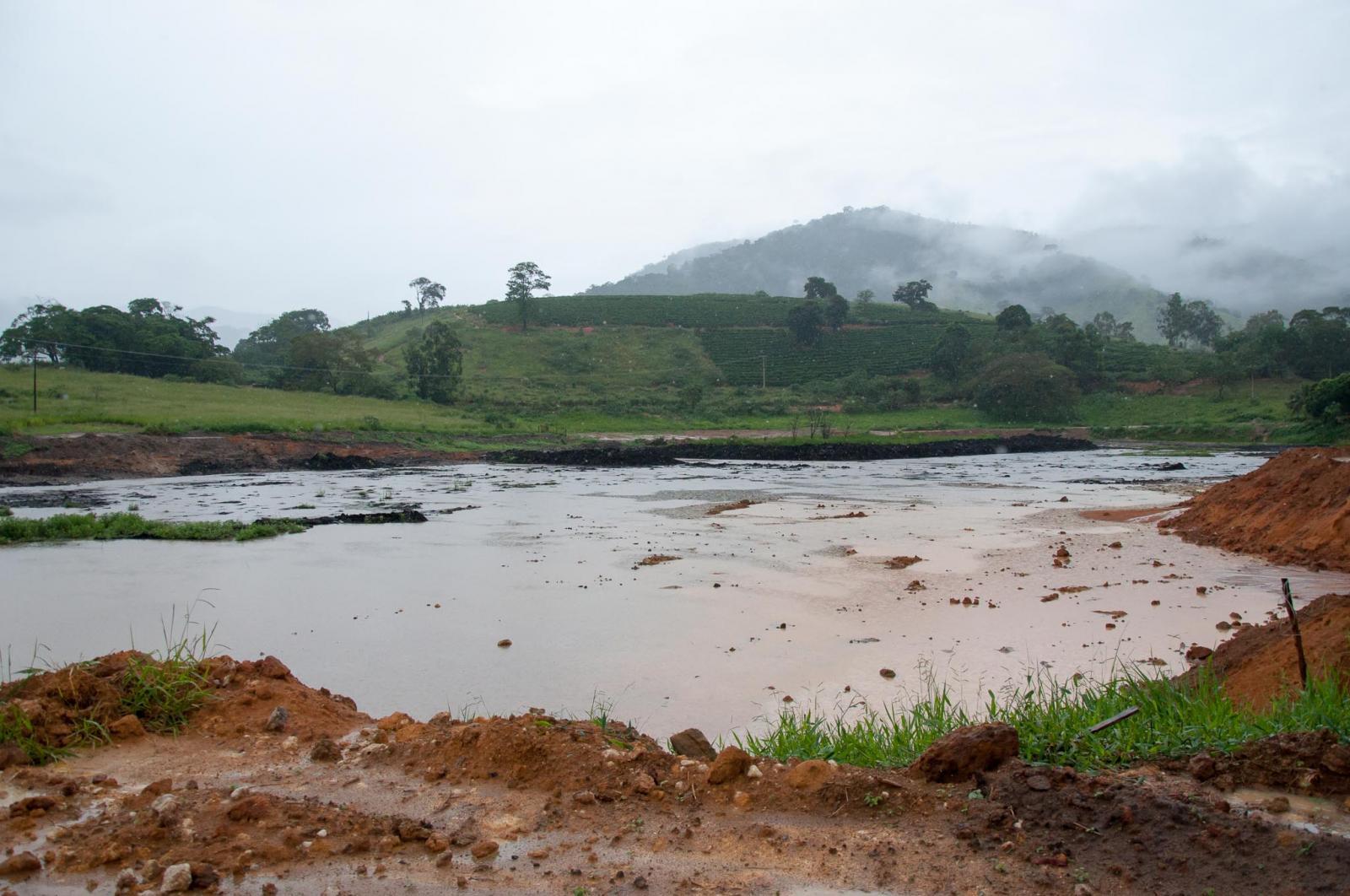 Comunidade do Meneghel contemplada com antena de telefonia móvel e internet 3G