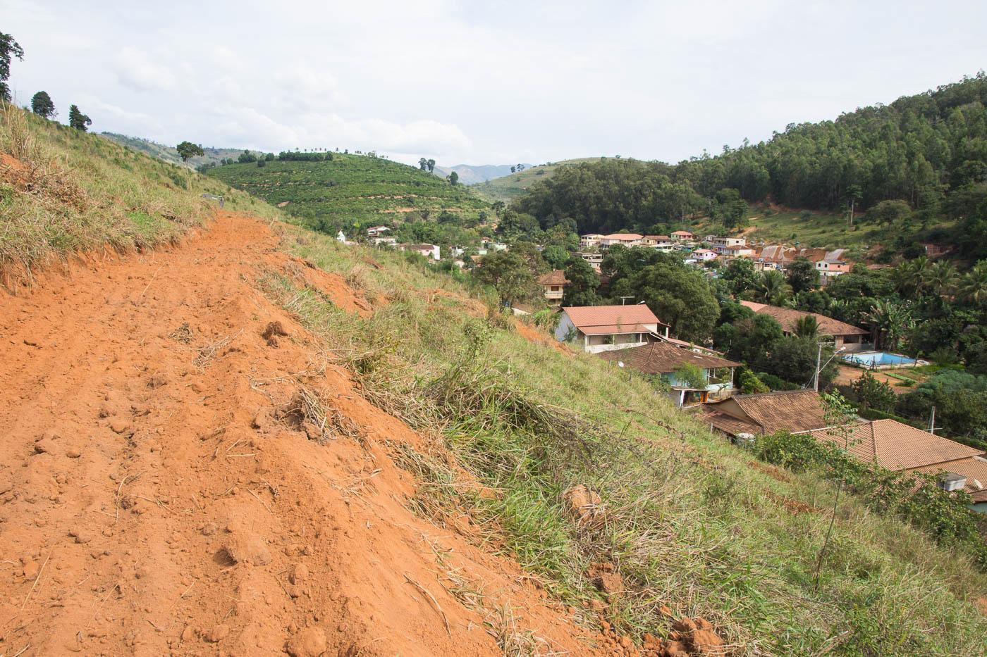 Terraceamento vai prevenir e amenizar carreamento do solo em Santa Terezinha