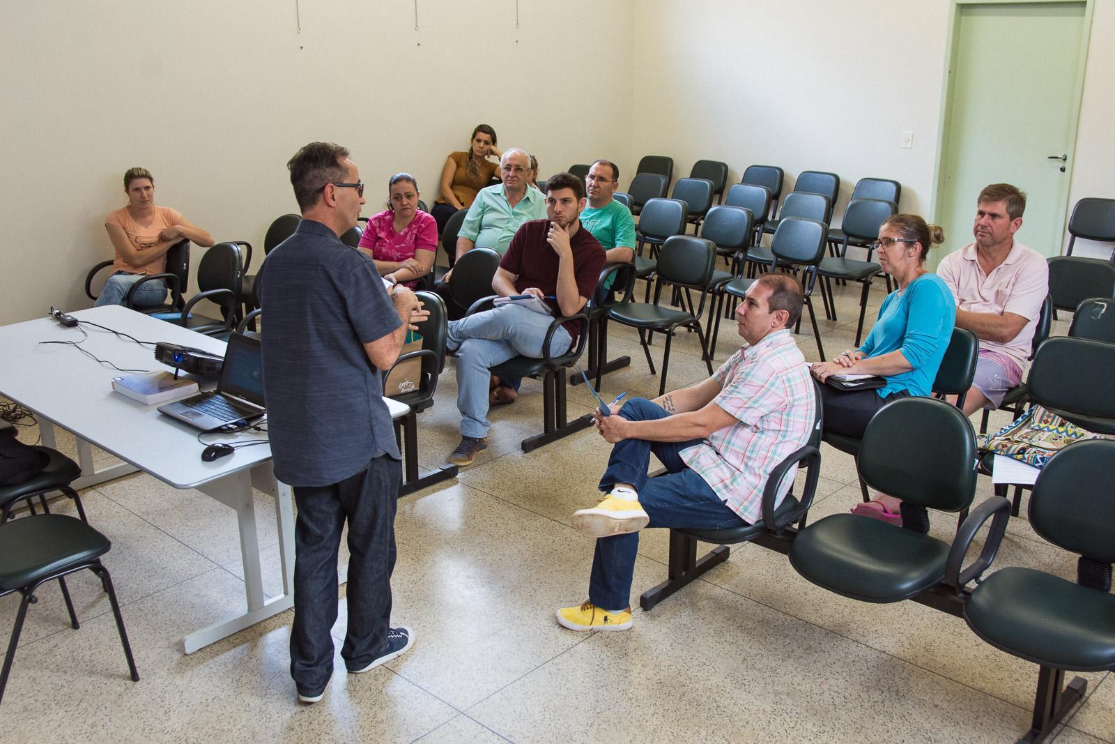 Empreendedores do setor turístico participaram de reunião sobre o Cadastur