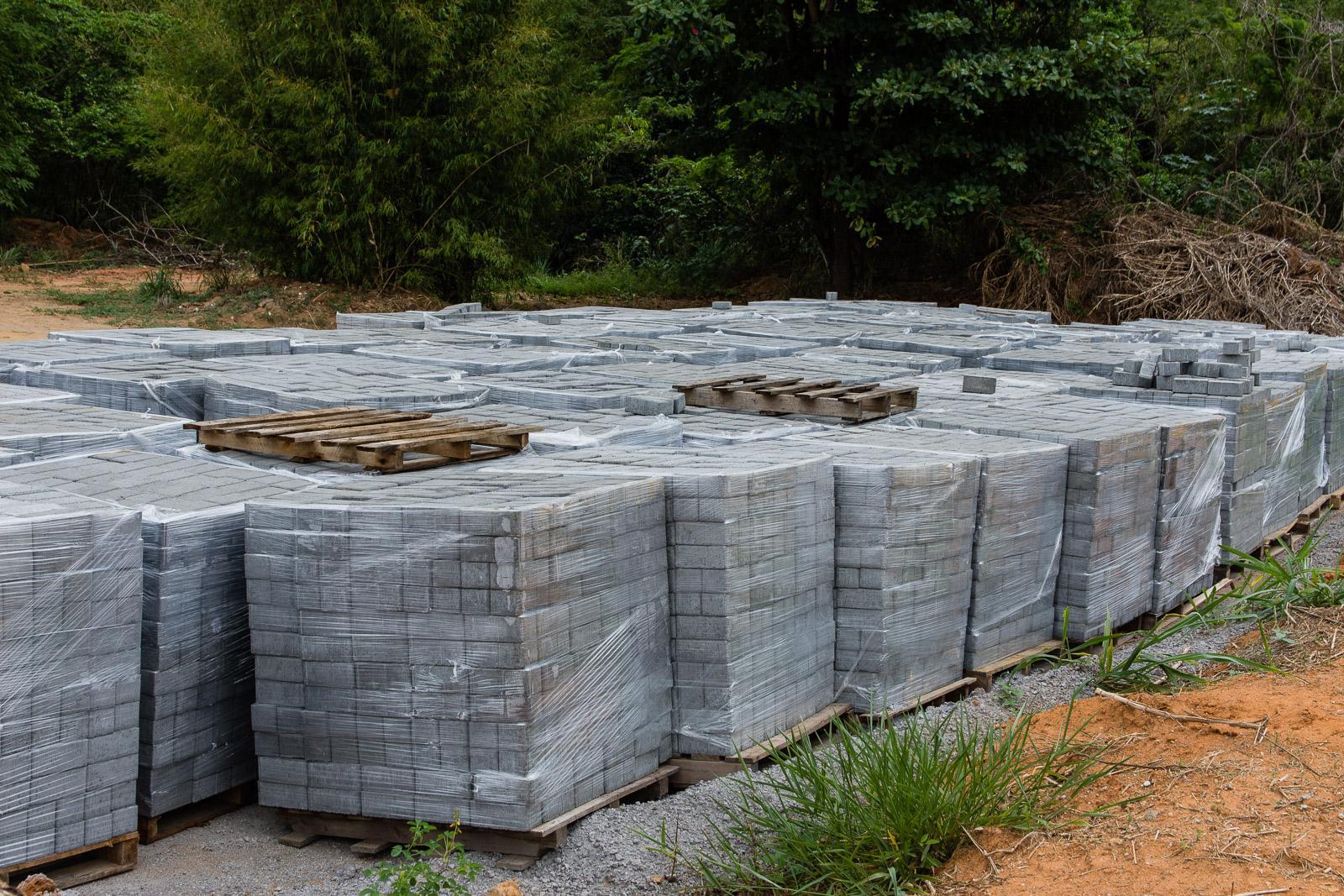 Cinco comunidades de Itarana serão beneficiadas com calçamento rural