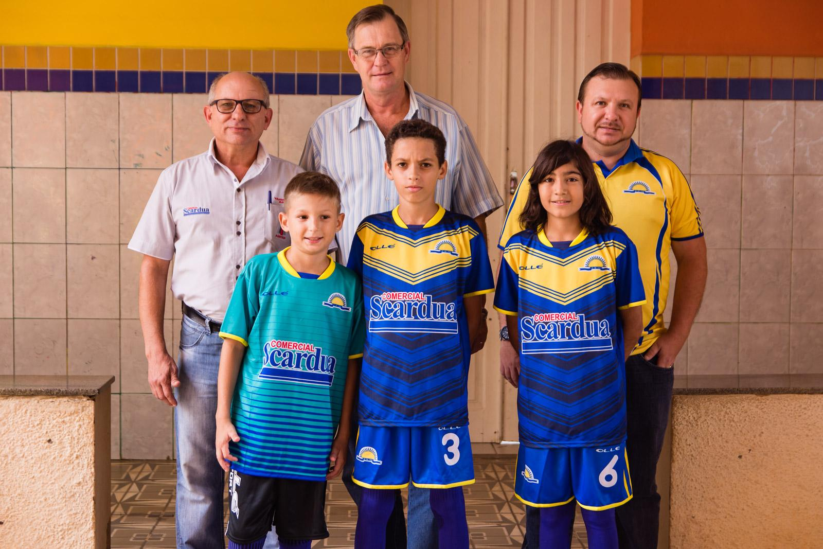 Copa A Gazetinha: equipes de Itarana recebem novos uniformes