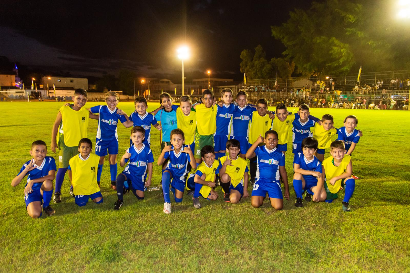 Abertura da Copa A Gazetinha em Itarana emocionou e encantou o público