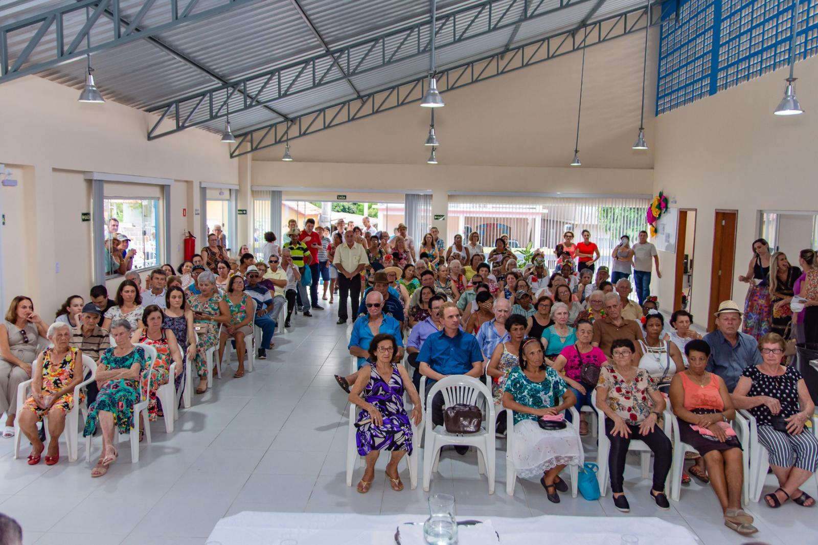 Prefeitura inaugura Centro Público de Convivência