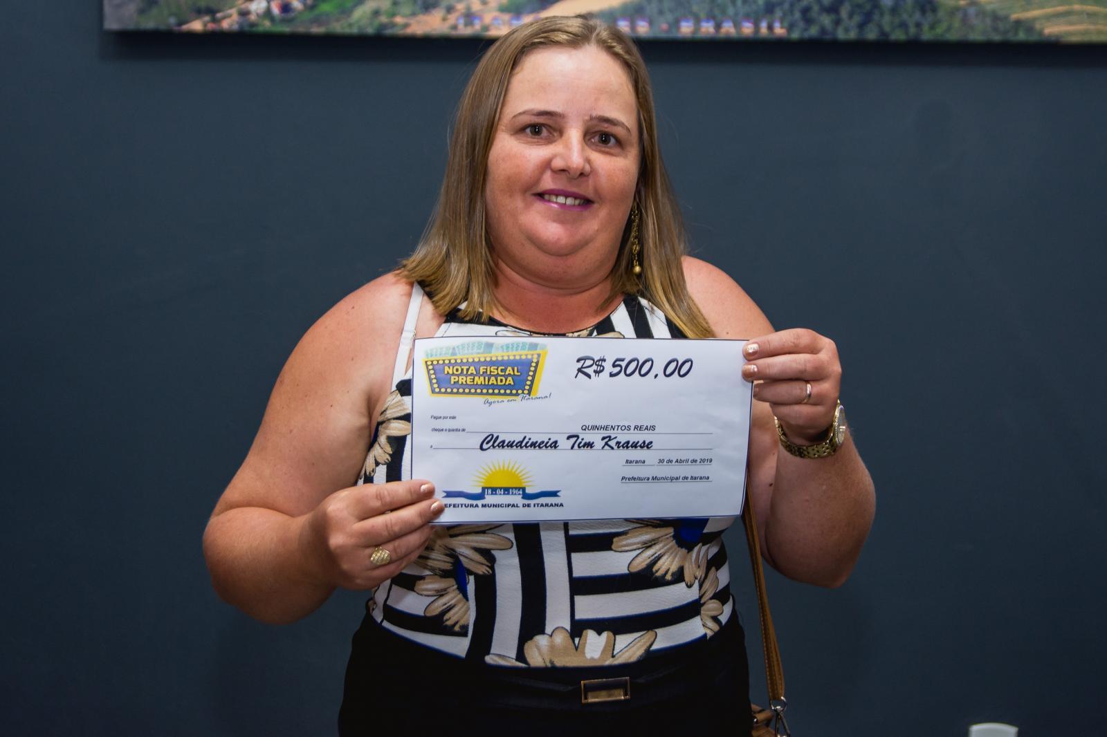 Ganhadores do Programa Nota Fiscal Premiada receberam cheques simbólicos
