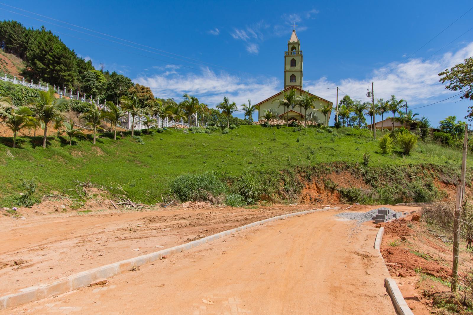 Comunidade de Alto Santa Rosa terá mais um trecho pavimentado