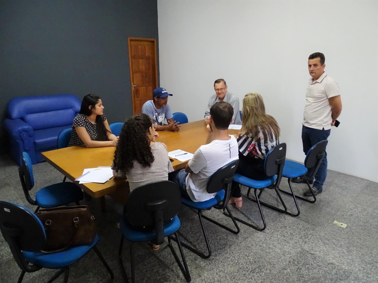 """Assinatura da Ordem de Serviço da reforma do forro e telhado da Escola Municipal """"Luiza Grimaldi"""""""