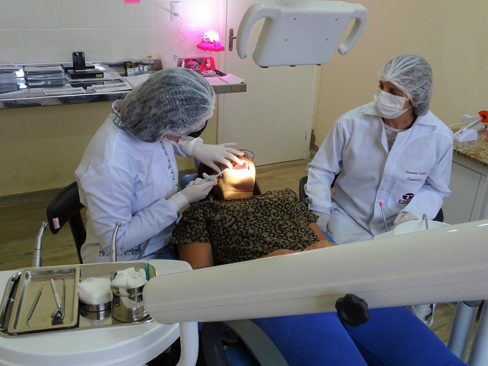 Unidade de Saúde da Família da Praça Oito passa a realizar atendimentos odontológicos