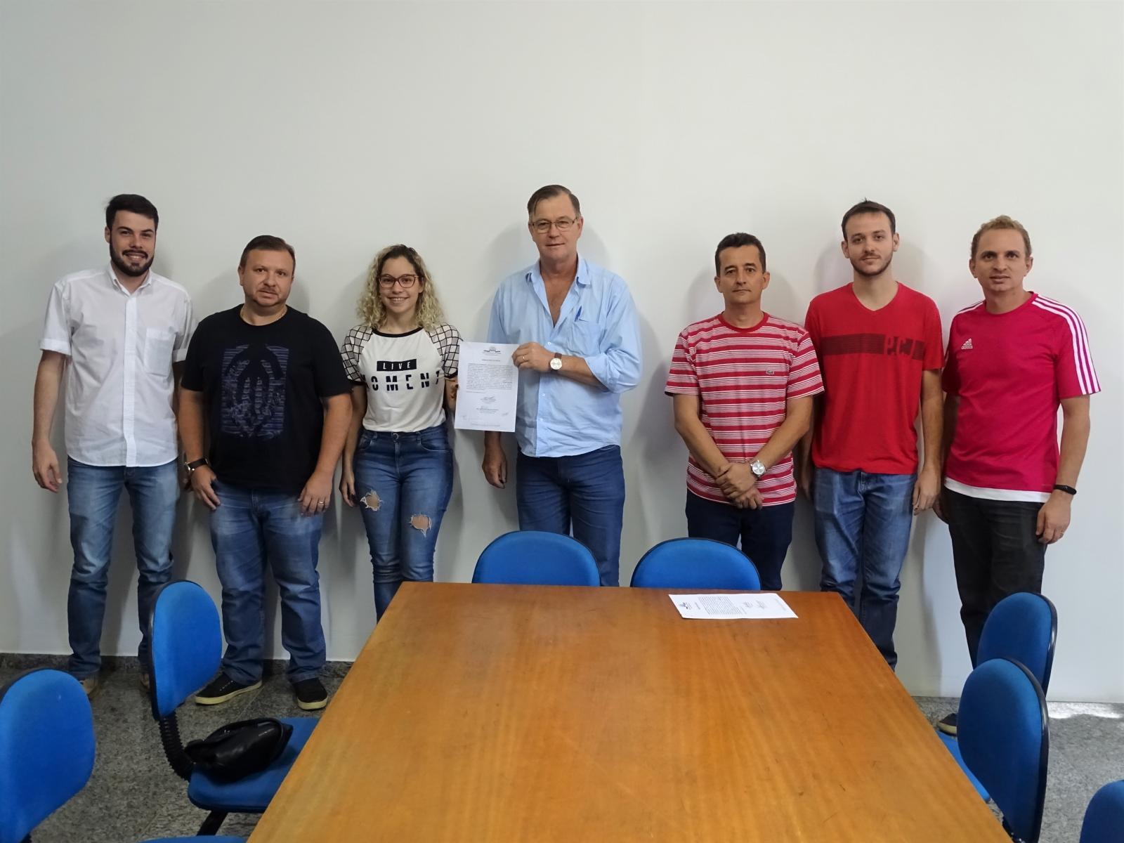 Assinatura da Ordem de Serviço da Construção da Quadra Esportiva do Rizzi