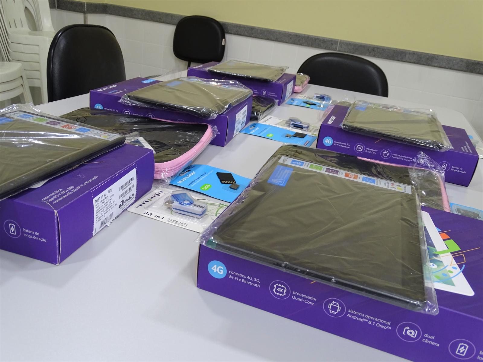 Prefeitura adquire tablets para as equipes da Secretaria Municipal de Assistência Social