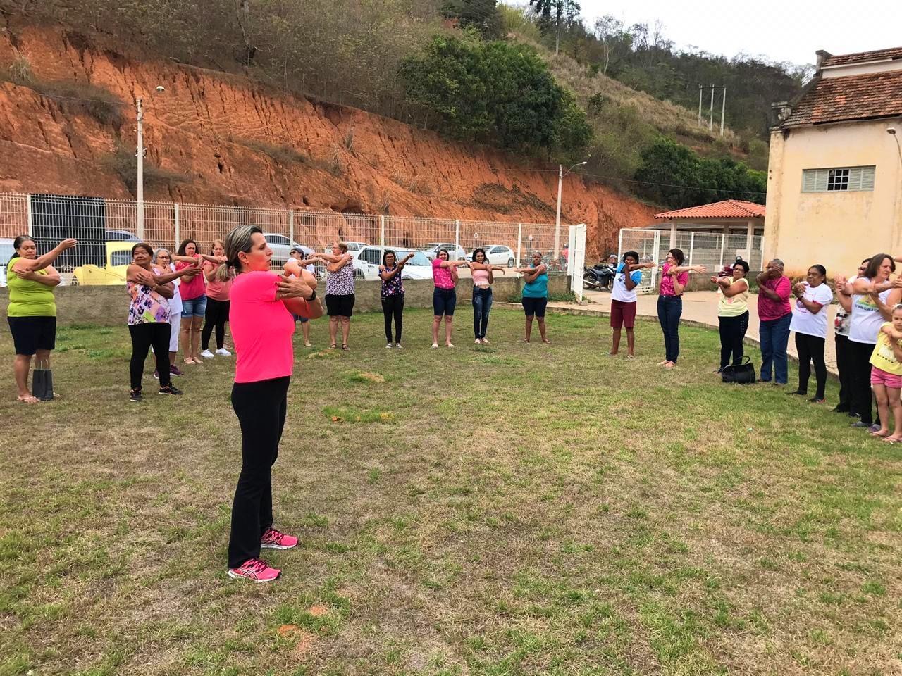 Prefeitura e Secretarias Municipais de Itarana aderem à campanha do Outubro Rosa