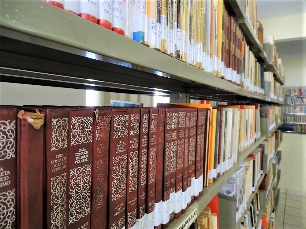 """Concurso Cultural """"Entre Contos, Versos e Prosas"""" incentiva a leitura e produção criativa entre a população itaranense"""