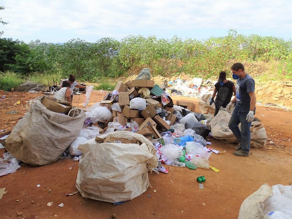 Documentário sobre a coleta de materiais recicláveis em Itarana marca o Dia Mundial do Meio Ambiente