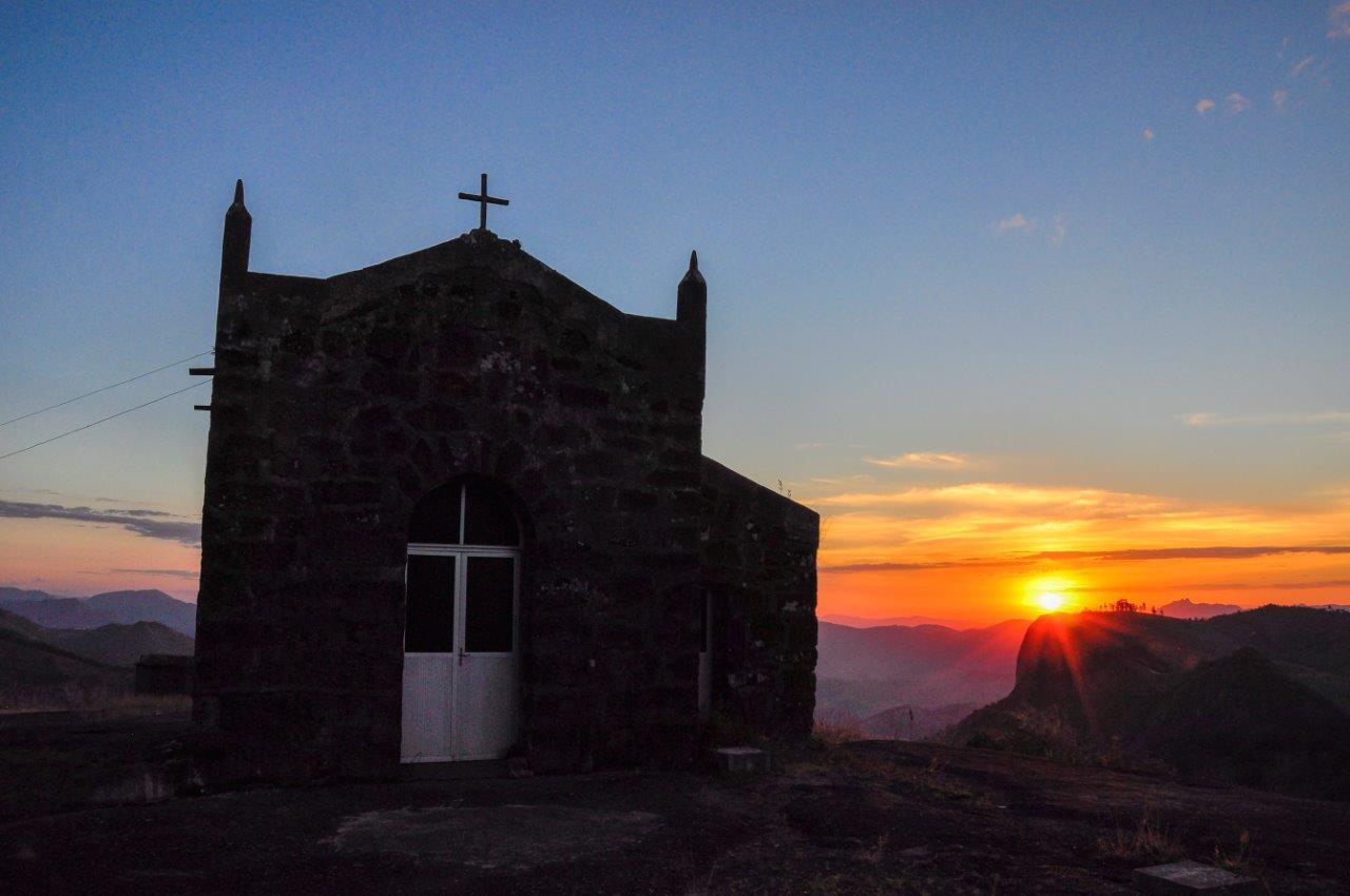 Secretaria promove caminhada até a Capela Santa Luzia