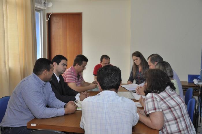 Prefeitura Municipal de Itarana recebe Plano para desenvolver os pequenos negócios do município