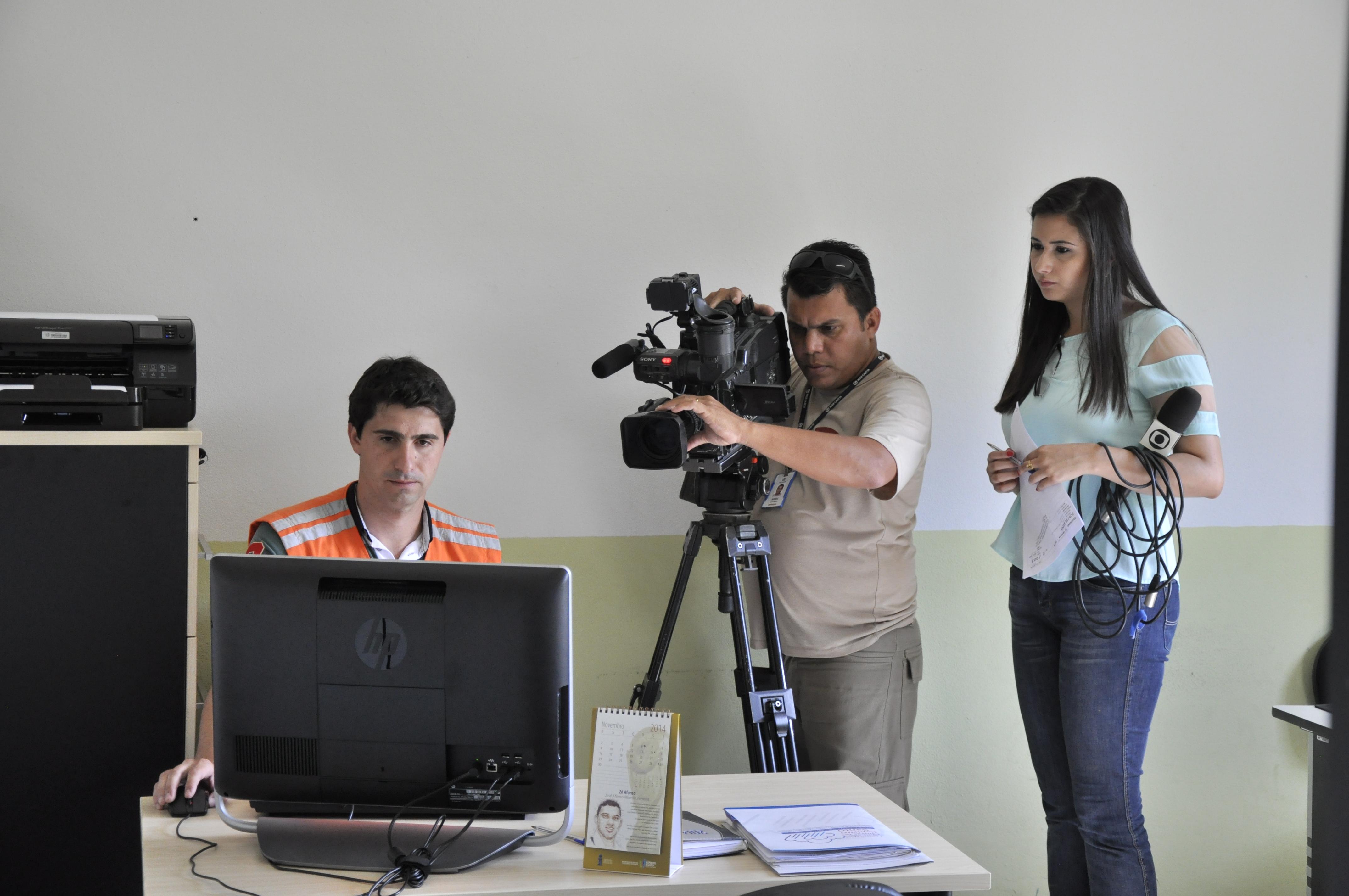 Cadastro de voluntários da Defesa Civil de Itarana é destaque na TV
