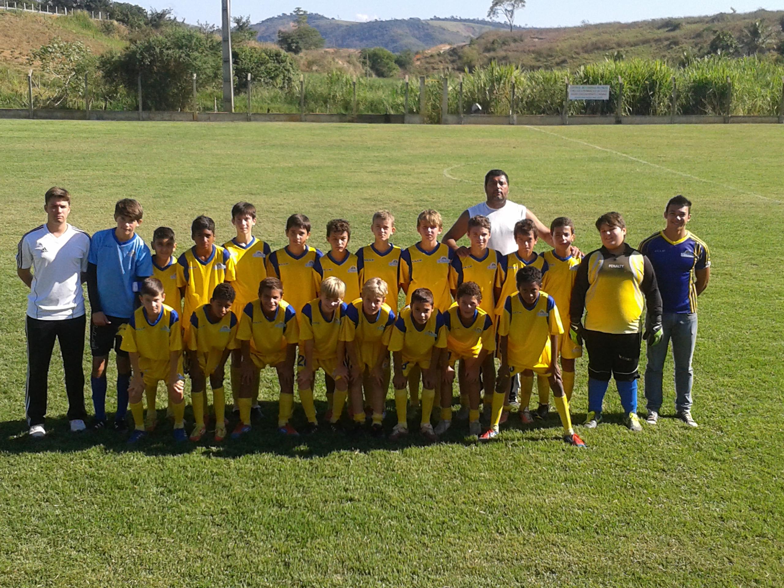 Equipe de futebol infantil se classifica para as finais do Campeonato Centro Serrano