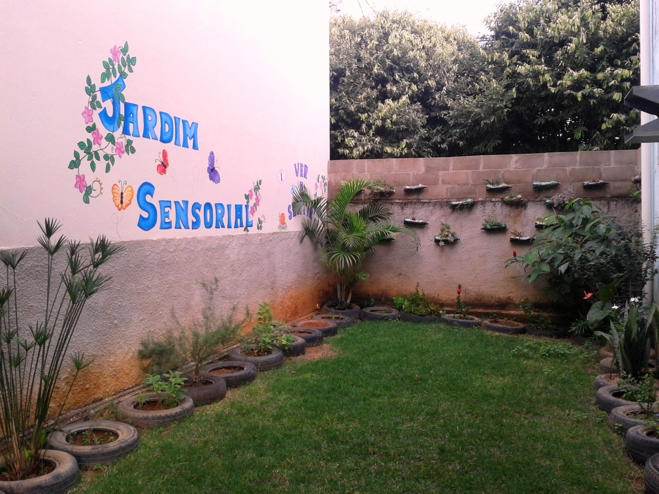 Jardim Sensorial ajuda crianças a respeitarem o meio ambiente