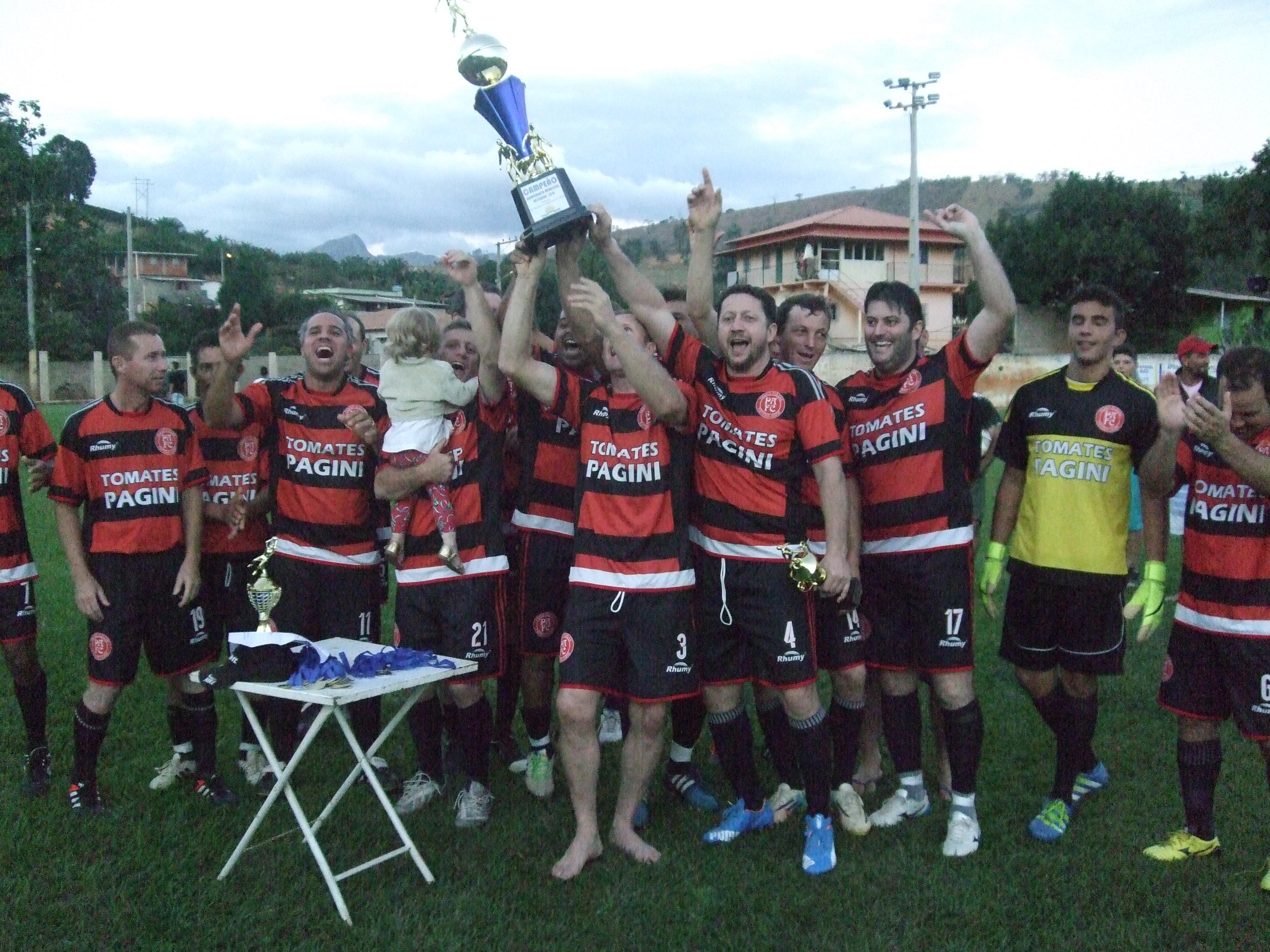 Equipe de Pedra Alegre é bicampeã do Campeonato Municipal de Futebol de Veteranos