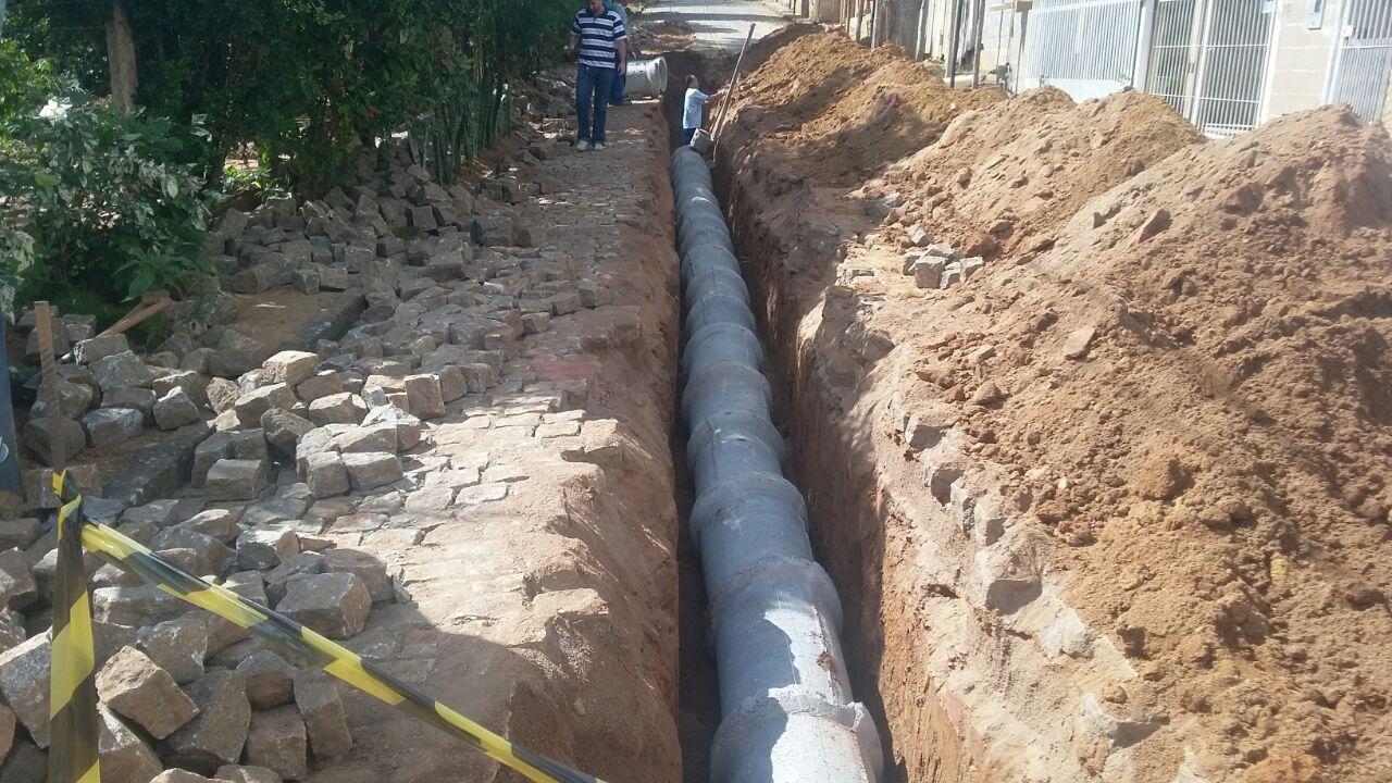 Ruas receberão pavimentação asfáltica e drenagem