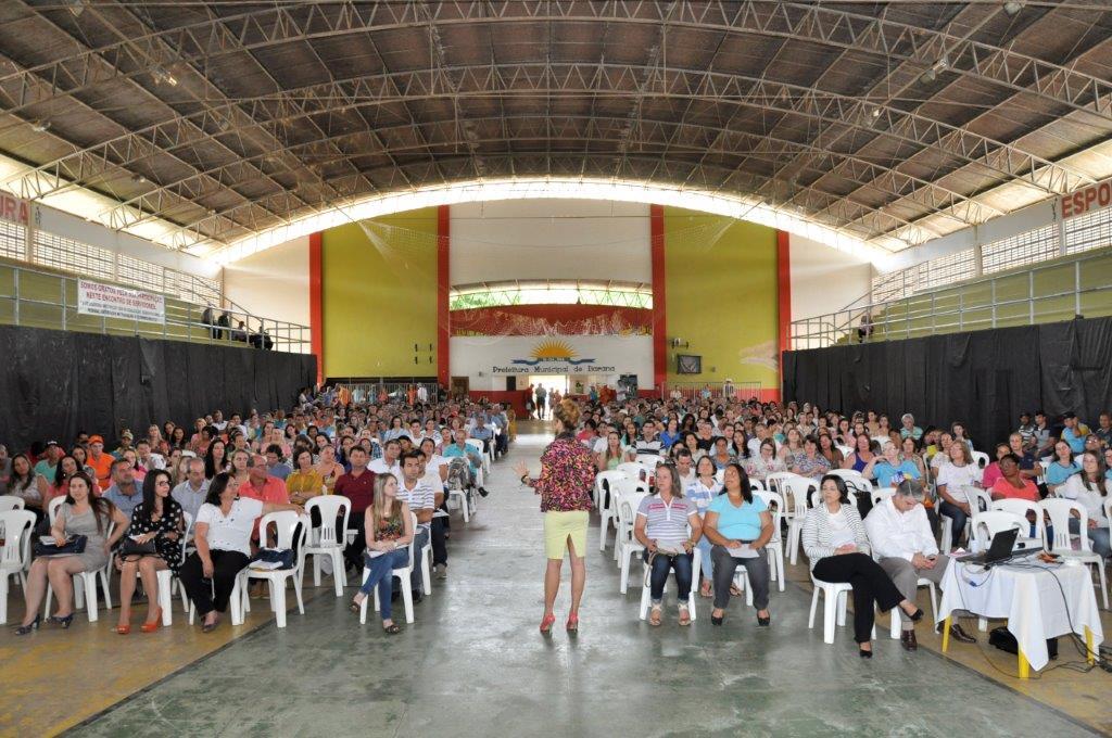 Prefeitura promove palestra motivacional para servidores públicos municipais